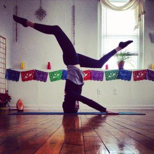 Lauren Leduc Headstand