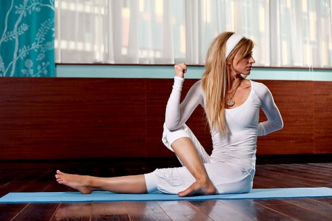Yoga to Help Curb Cravings